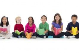 کودکان را علاقهمند به کتابخوانی کنیم/ با کودکان کتاب بخوانیم